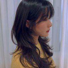 Haircuts For Long Hair, Long Hair Cuts, Pelo Guay, Hair Inspo, Hair Inspiration, Medium Hair Styles, Curly Hair Styles, Mullet Hairstyle, Shot Hair Styles