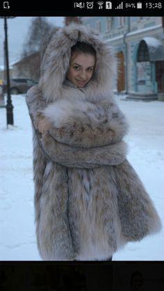 Lynx, Fox Fur Coat, Fur Coats, Great Women, Fur Fashion, Winter Wear, Mantel, Girly, Feminine