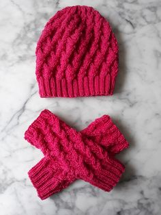 Knit in pure merino superwash wool, to my own design. For sale in my shop : ) Crochet Gifts, Knit Crochet, Knitting Designs, Knits, Knitted Hats, I Shop, Winter Hats, Pure Products, Wool