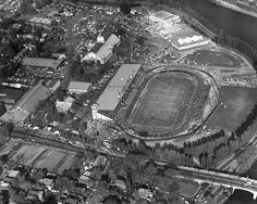 Lansdowne Park in the centre of The Glebe. Pictures of Ottawa from the Old Pictures, Old Photos, Vintage Photos, Canadian Forest, Capital Of Canada, Canadian Football, Canadian History, Ol Days, Photo Archive