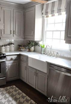 Gorgeous 123 Grey Kitchen Cabinet Makeover Ideas https://homadein.com/2017/04/14/grey-kitchen-cabinet-makeover-ideas/
