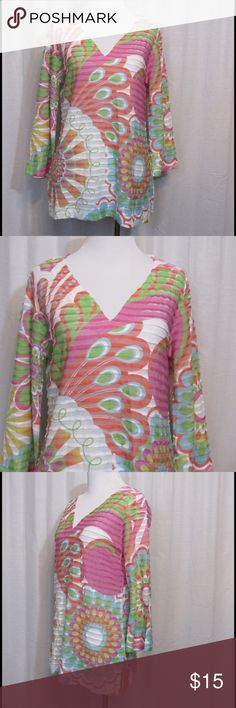 """Before + Again Multi Color Floral Top S Brand: Before + Again Size: S Color: Multicolor  Material: 75% polyester 25% rayon  Care Instructions: machine wash  Bust: 38"""" Length: 26""""  All clothing is in excellent used condition. All clothes have been inspected and unless otherwise noted have no rips, holes or stains.   Cont: P17 Before + Again  Tops Blouses"""