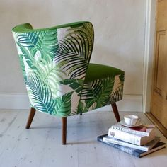 Date: Note: This cocktail chair displays a very tropical pattern of fabric. The green works well with the darker wooden legs. Upholstered Furniture, Upholstered Dining Chairs, Wooden Armchair, Cocktail Chair, Headboard Decor, Home And Deco, Living Room Chairs, Furniture Design, Chair Design