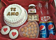 festa na caixa romantica Birthday Surprise Boyfriend, Valentines Gifts For Boyfriend, Boyfriend Gifts, Valentine Gifts, Valentines Day, Love Box, Nutella, Food And Drink, Presents