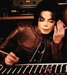 Michael Jackson in the recording studio   What More Can I Give in 2001