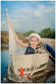 Baby boy on boats are always a good photography idea: thought this picture was cute! Baby Boy Pictures, Newborn Pictures, Baby Boy Photography, Children Photography, Baby Boys, Sailor Theme, Nautical Baby, Baby Month By Month, Amazing Photography