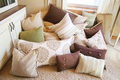 Almofadas, decorando do sofá da sala ao chão da varanda! Confira super dicas em nosso #Blogdecor! ;)
