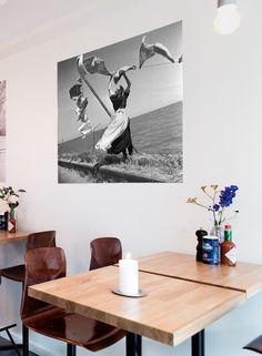 MAI image bank  http://www.ixxidesign.com/producten/beeldenbank/fotografie/mai  #IXXI #interior #inspiration #photography #walldecoration #muurdecoratie #wanddecoratie #fotografie #interieur #inspiratie #zwartwit #blackandwhite #design