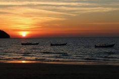Sunrise over Ngaplai Beach, Myanmar. | photo by Lauren Ettinger fllitfloatflyaway.com