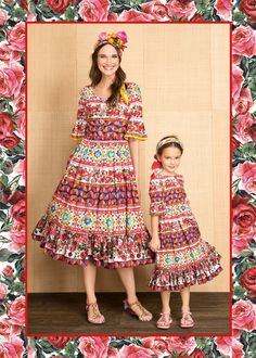Discover the new Dolce&Gabbana Children Mini Me Collection for Summer 2017 and get inspired. Mom And Baby Outfits, Mother Daughter Matching Outfits, Mother Daughter Fashion, B Fashion, Couture Fashion, Kids Fashion, Fashion Outfits, Mom Dress, Baby Dress
