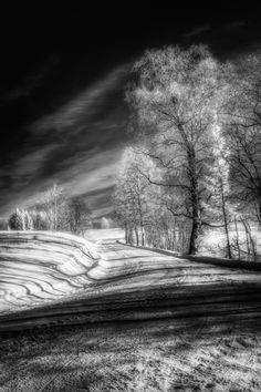 Infrared Winter Road BW (IR742nm)