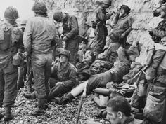 Photographic Print: D-Day - Resting American Assault Troops Poster by Robert Hunt : 24x18in