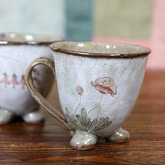 분청 쭈글머그(양귀비) 수공예 전통자기 커피잔 선물 핸드메이드도자기 머그컵 도자기그릇휴