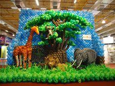 Jungle Balloons Wall
