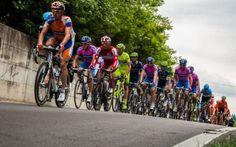 ECCO L'INCREDIBILE GAFFE DEGLI ORGANIZZATORI DEL GIRO D'ITALIA 2016. GUARDATE QUI! Ormai da diversi anni gli organizzatori della corsa a tappe più famosa d'Italia, il Giro, sembra che preferiscano andare all'estero piuttosto che far passare la corsa Rosa in alcune regioni d'Italia. #sport #ciclismo #italia #news #girod'italia