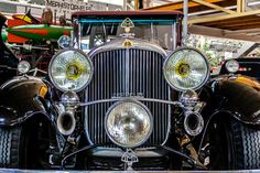 Maybach Zeppelin DS 7  7 Liter V12 - 150 PS - Bj.1930 Maybach, Zeppelin, Antique Cars, Classic Cars, Antiques, Vehicles, Vintage Cars, Antiquities, Antique