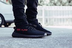 Adidas Yeezy Boost 350 V2 Black Red CP9652 Shoes SALE at amazing price!!! Plz pay attention to my website www.findsneaker.net (check my bio website link).  DM me / Contact us Wechat: findsneaker WhatsApp: (+86)17172611480 Email: findsneaker@gmail.com