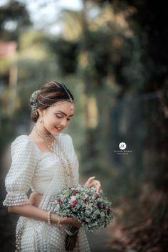 Sri Lankan Wedding Saree, Saree Wedding, Wedding Bride, Wedding Reception, Dream Wedding, Asian Bridesmaid Dresses, Bridesmaid Saree, Bridal Dresses, Blouse Patterns