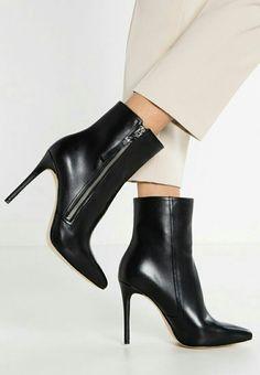 a207a0ed79304 Die 64 besten Bilder von Stiefeletten | Heels, Shoes heels und Shoes ...