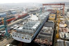 5 new Container Ships under construction in 1 Gigantic drydock at Hyundai Heavy Industries Shipyard