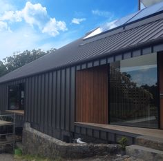 Expand 470 Cladding with cedar detail - Riteline Roofing