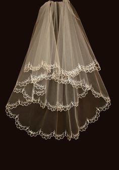 Bridal Veil - Hadley  Wedding Veil with Embroidery - Embroidered Veil