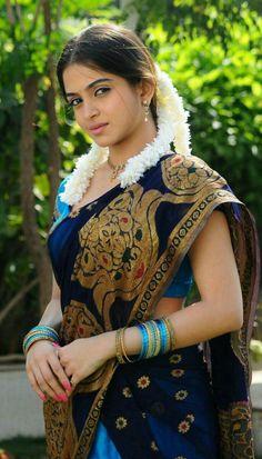 Romantic Look From Sheena Shahabadi Beautiful Girl In India, Beautiful Girl Image, Beautiful Saree, World Beautiful Lady, Beautiful Women, Beautiful Bollywood Actress, Most Beautiful Indian Actress, Beautiful Actresses, Indian Actress Hot Pics