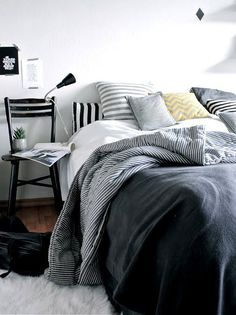 Vosgesparis: Cozy bedrooms and magazines...