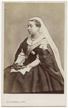 Queen Victoria in (age She was only 42 when Prince Albert died. Victoria Queen Of England, Queen Victoria Family, Queen Victoria Prince Albert, Princess Victoria, Victoria And Albert Children, Adele, Windsor, Royal Photography, Victorian Photography