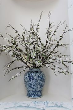 The Enchanted Home- beautiful vase of flowers