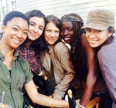 Welcome to my Paradise. — khaleesiwinter:   TWD's Girls