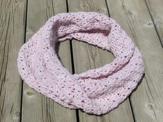 Ravelry: Holy Cowl Pattern pattern by Retrend You