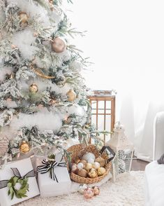 Images About Christmas On Pinterest Christmas Mantels Christmas