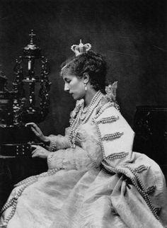 Etienne Carjat - Sarah Bernhardt