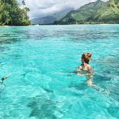 Our definition of bliss! In Tahiti thanks to @tahititourismenorthamerica…