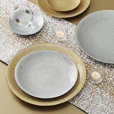 Love the confetti metallic tablerunner