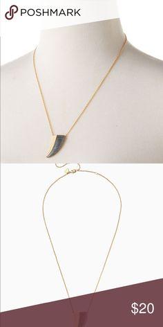 Stella Dot split stone pendant Only worn 1-2x. Like new! Jewelry Necklaces