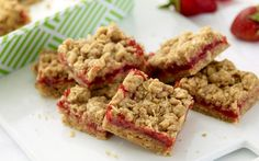 Strawberry Oatmeal Bars by Ree Drummond (Oats, Strawberry) @FoodNetwork_UK