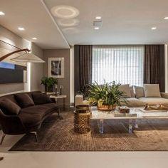 A dupla Andrea Teixeira e Fernanda Negrelli criou o Living Sublime, uma área de 70m² pensada para receber convidados com elegância.