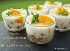 A falta de Lexatín... buenas son tortas: Vasitos de crema de yogur y melocotón en almíbar