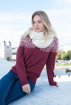 Kan strikkes i økologisk ull, eller baby alpakka. Men Sweater, Pullover, Shorts, Knitting, Jeans, Sweaters, Baby, Fashion, Moda