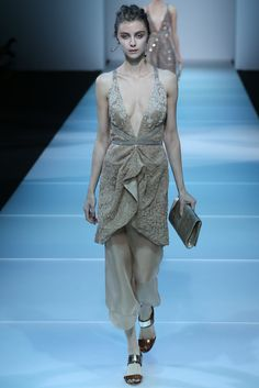 Giorgio Armani Spring 2015 Ready-to-Wear - Collection - Gallery - Style.com-MFW