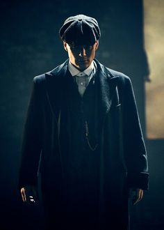 "ohfuckyeahcillianmurphy: "" 'Arguably Peaky Blinders is the story of healing trauma. The story of a soldier who must exist among civilians, make something of himself, and try to connect emotionally with his family and the women he meets. In as much as..."