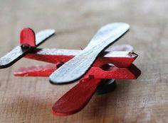 S e bastelideen selber machen w scheklammer deko ideen - Flugzeug basteln mit kindern ...