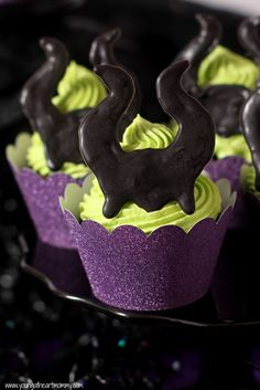 Young At Heart Mommy: Sinisterly Sweet Maleficent Cupcakes (with template)