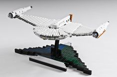 Romulan Bird of Prey Lego Star Trek, Trek Ideas, Star Trek Models, Lego Tv, Lego Spaceship, Star Trek Series, Lego For Kids, Cool Lego Creations, Lego Projects