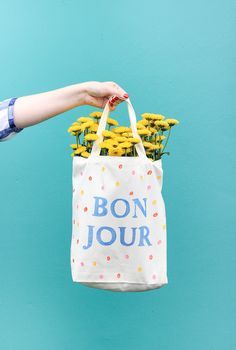 Learn to make this washable diy market tote bag in only 30 minutes!