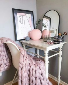 Home accessory: tumblr chunky knit blanket table home decor furniture home furniture makeup table