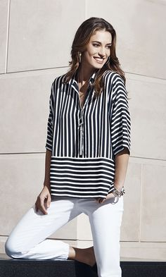 Chico's Black Label Striped Top The Striped Pullover Blouse Styles, Blouse Designs, Retro Outfits, Cute Outfits, Look Fashion, Fashion Outfits, Stripes Fashion, Casual Tops, Casual Dresses