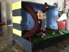 Bumble bee habitat diorama